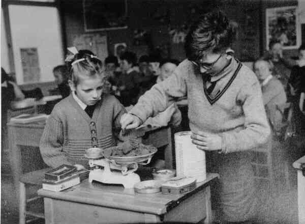 Practical Maths Session Drylaw Primary School 1950s