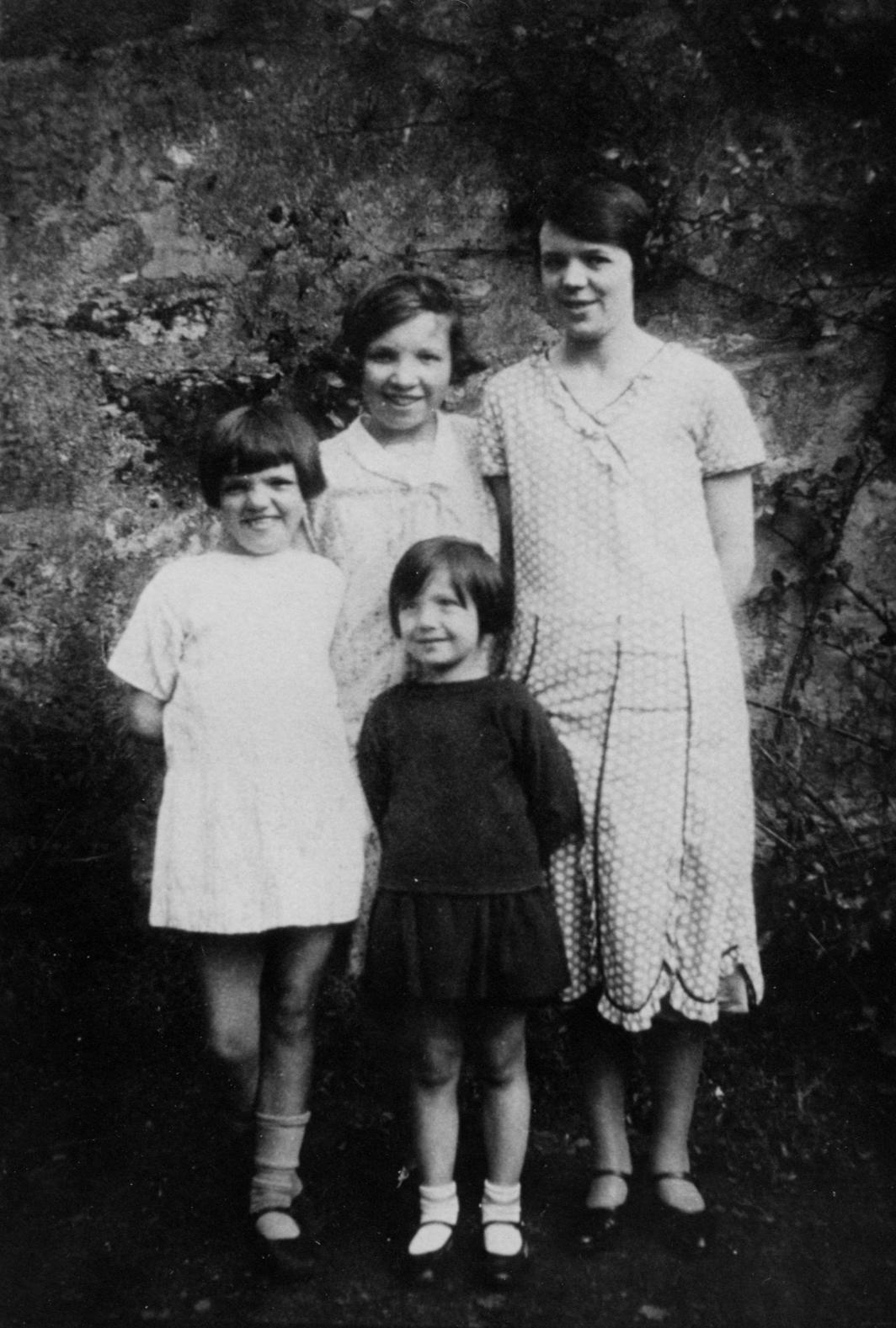 Four Girls In Garden 1930