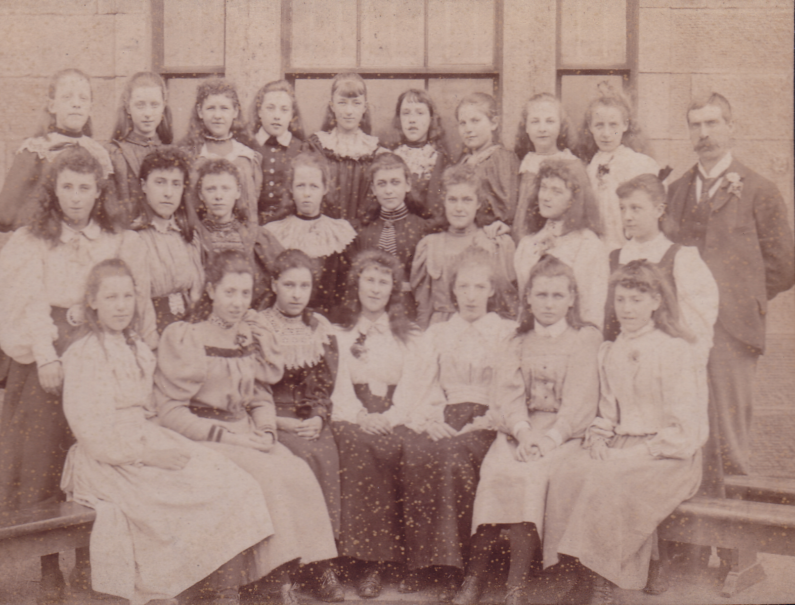 Girls Of Edinburgh Ladies College c.1896