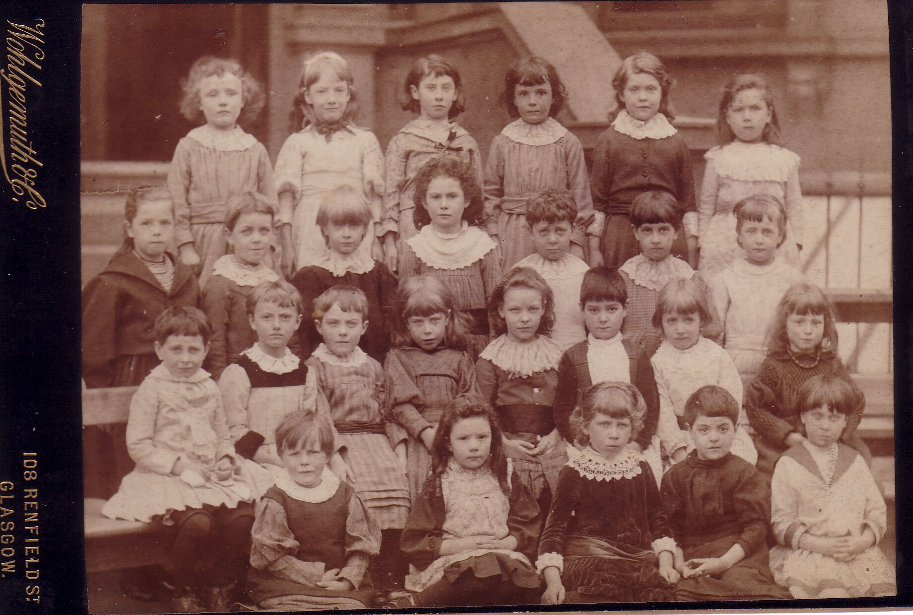 Edinburgh Ladies College Class Portrait c.1892