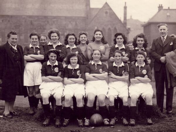 Edinburgh Dynamos Ladies Football Club Team, mid-1950s