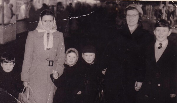 Family Trip To Waverley Market c.1949