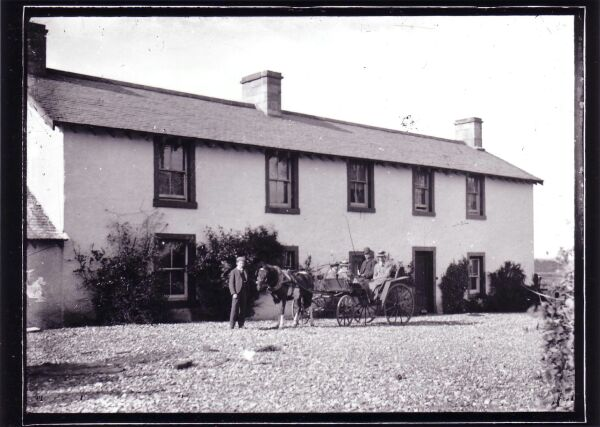Pony And Trap Outside Large House c.1900