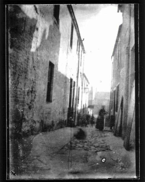 Close In Unidentified Scottish Town c.1900