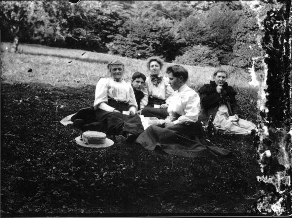 Family Picnic, late 1890s