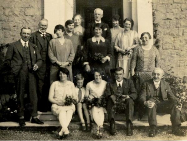 Group Portrait Of Guests At The Windsor Boarding House At Rothesay 1920s