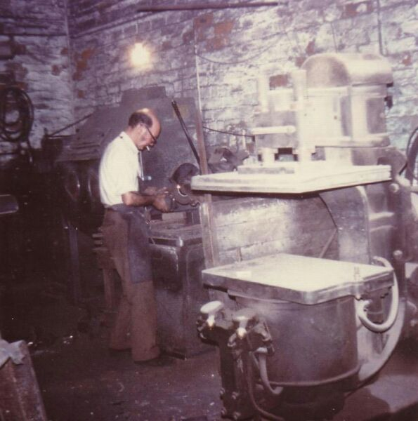 Foundry Worker At Charles Laing & Sons Foundry At Beaverbank Place 1976