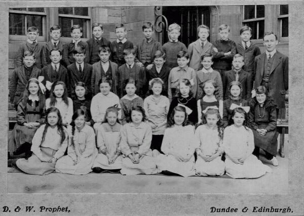 Darroch School Class Portrait c.1919