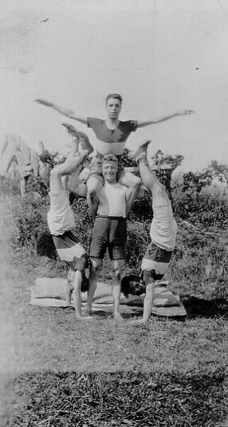 Members Of Edinburgh Northern Harriers Athletic Club c.1930