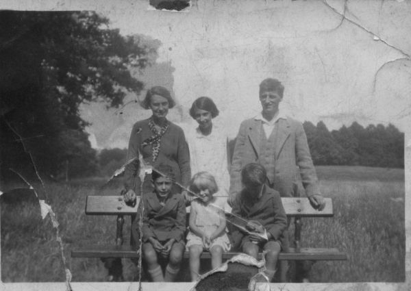 A Family Day Out At Rouken Glen, July 1934