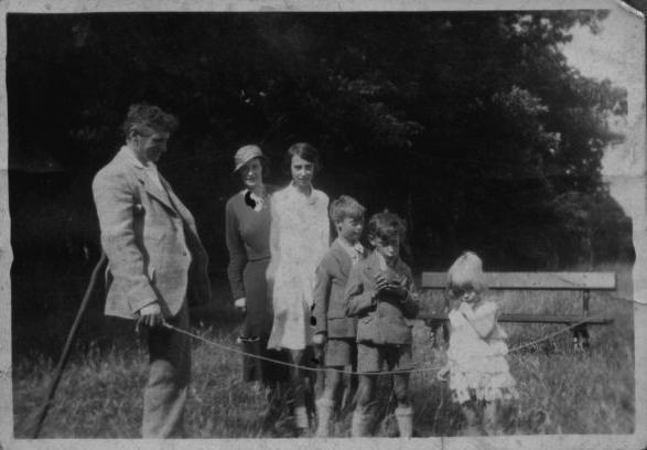 A Day Out At Rouken Glen, July 1934