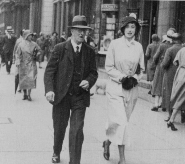 Father And Daughter Walking Along Princes Street 1935