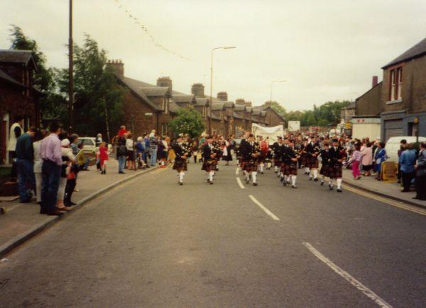 Newtongrange Pipe Band Parade On Gala Day c.1988