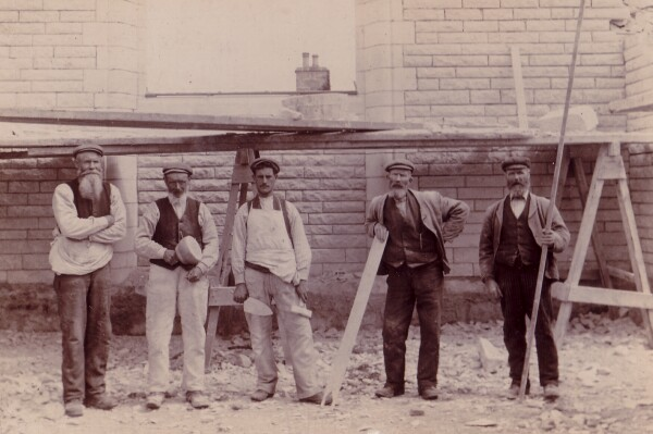 Stonemasons Working On The Site Of The GPO Building 1880s