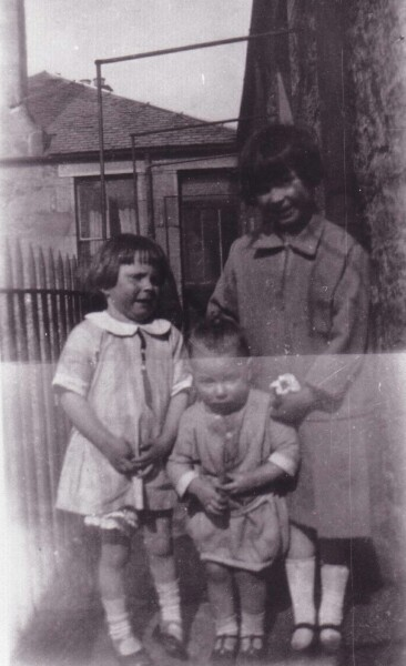 Children On Tenement Balcony At Sunbury Place c.1925