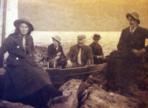 Holidaymakers Sitting By The Shore c.1902