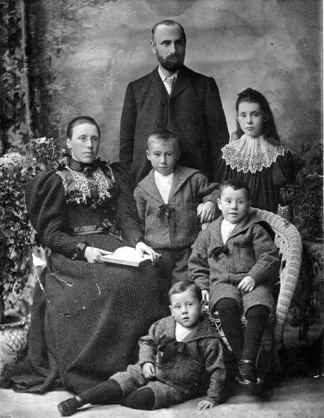Victorian Family Studio Portrait c.1898