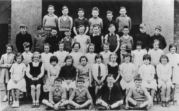 Hermitage Park Primary School Primary Five Class 1939