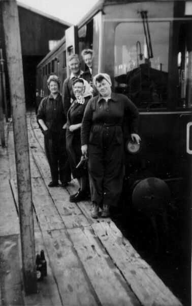 British Rail Carriage Cleaners Working At Craigentinny Railway Siding, late 1950s