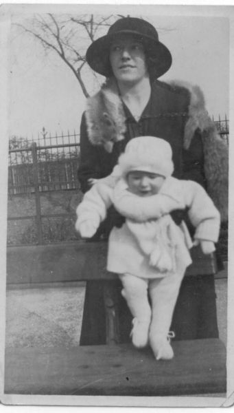 Mother And Baby Daughter Out For Walk At Dalmeny Street Park 1926
