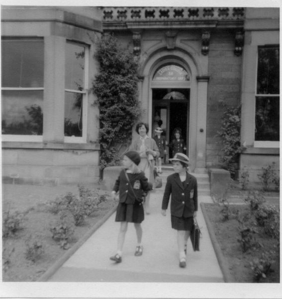 Pupils Leaving George Watson's Ladies College (Lower Junior) In St Alban's Road, Sept 1961