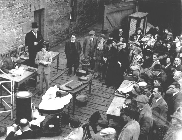 Auction Sale Thistle Street West Lane, early 1950s