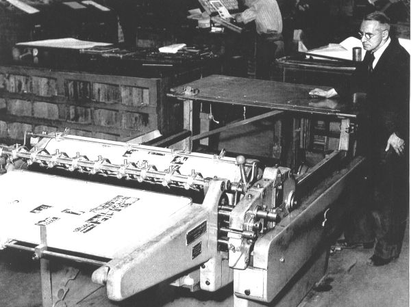 Man Operating Letter Press Machine At J&J Gray Printers In Annandale Street 1950s