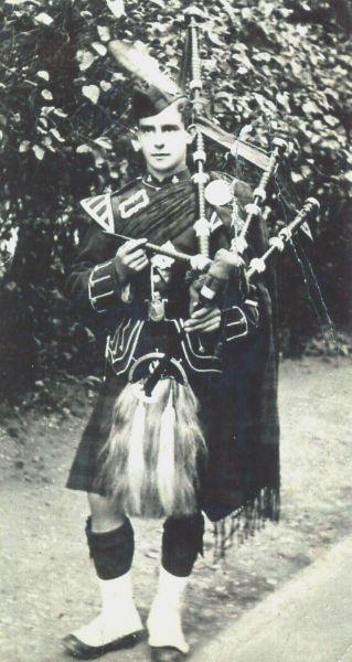 Scots Piper c.1900