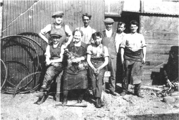 Workers At Wilson's Niddrie Mill c.1924