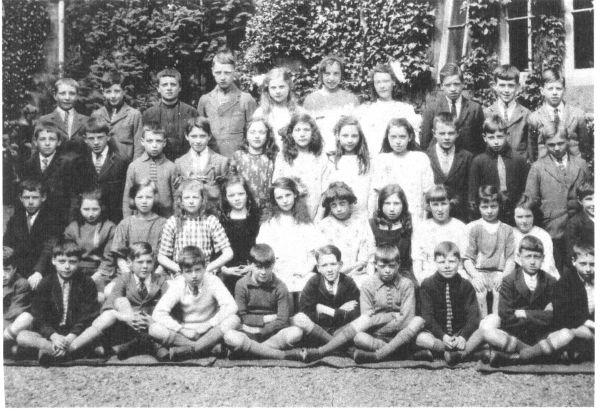 Portobello Primary School Qualifying Class Portrait 1924-25