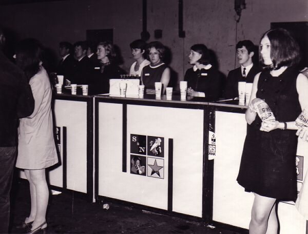 Makeshift Bar At Waverley Market, late 1960s