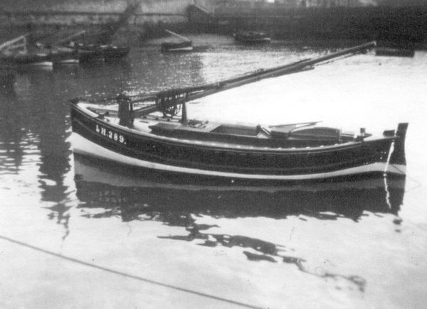 "Fishing Boat ""Twin Brothers"" In Newhaven Harbour 1925"
