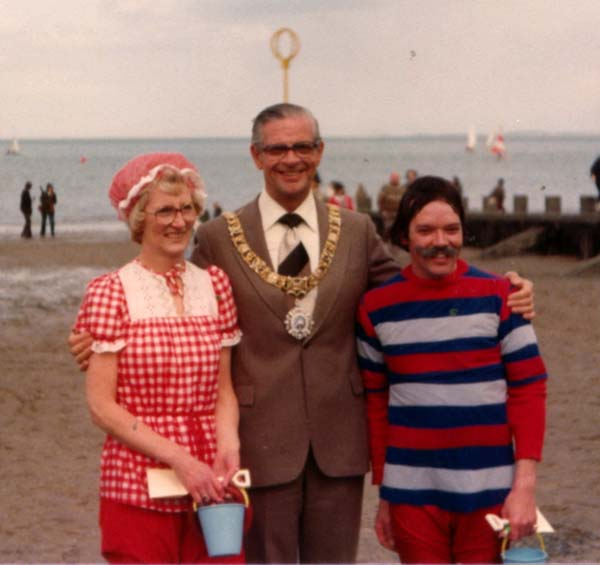 Lord Provost With Participants Of The Portobello Victorian Splash, May 1979
