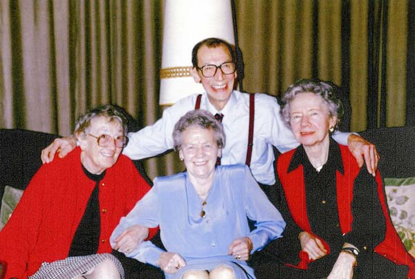 Couple Celebrating Their Fiftieth Wedding Anniversary With Family At 12 Piershill Terrace, 5th April 1994