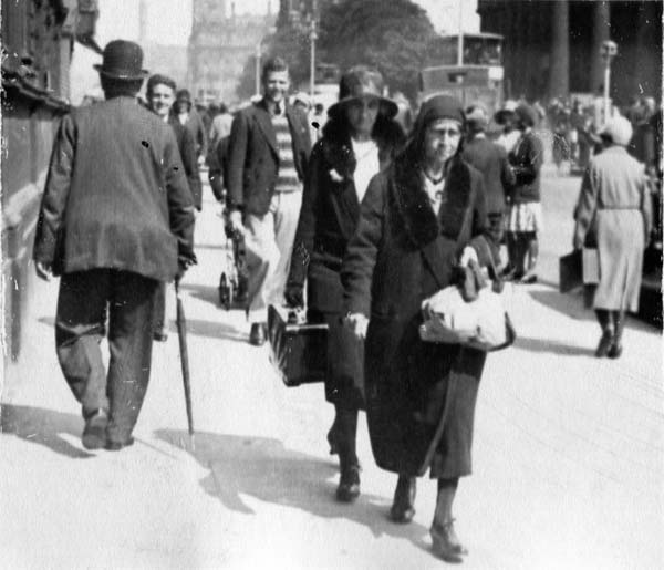 Pedestrians Walking Along Princes Street 1930s