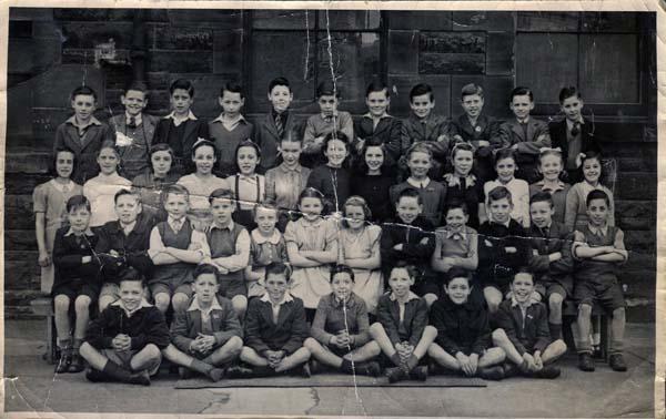 Couper Street School Primary Seven Class 1946