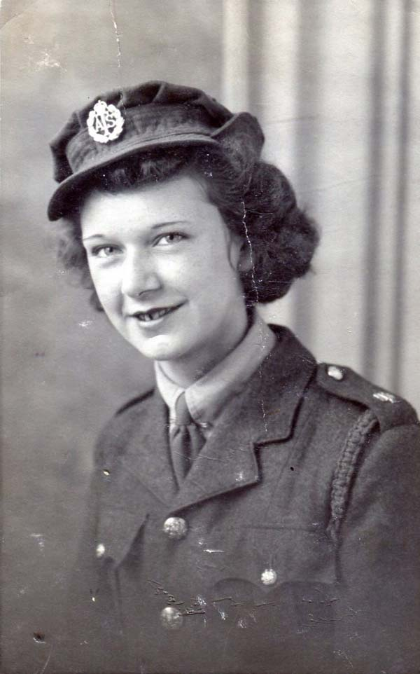 Studio Portrait Servicewoman Of Auxiliary Territorial Service 15 Oct 1941