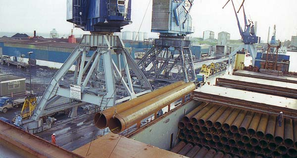 Discharging Pipes For Coating For North Sea Oil Industry At Leith Docks 1983