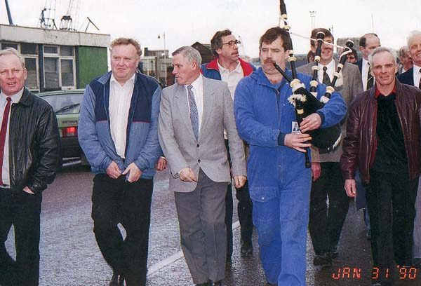 Leith Dockers Facing Redundancy 1990