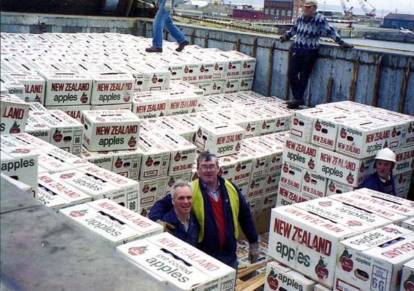 Dockers Discharging Apples at Leith Docks 1980s