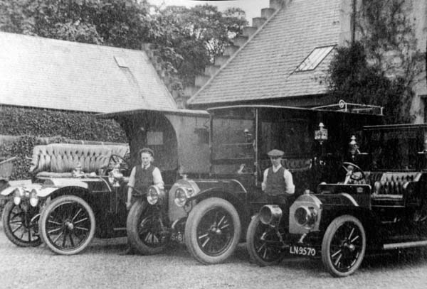 Chauffeurs And Their Vehicles  At Carberry Estate 1905