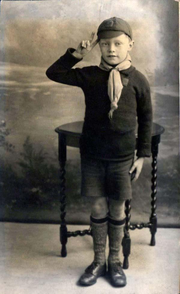 Studio Portrait Boy Scout , 24 April 1931