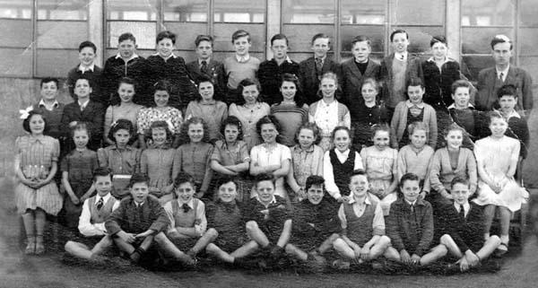 Pennywell Primary School Class Portrait 1949/50