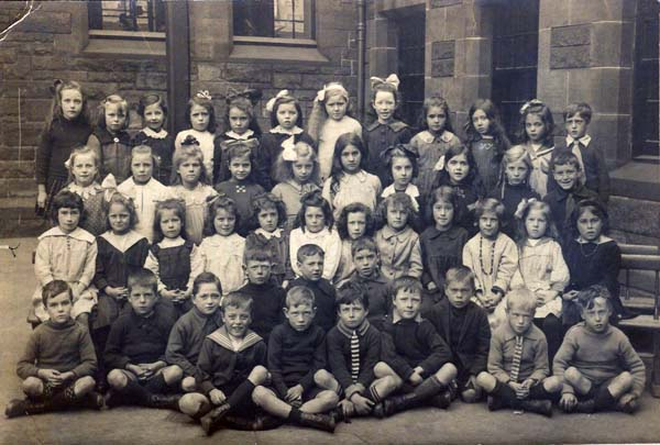 Flora Stevenson School Class Portrait 1920s