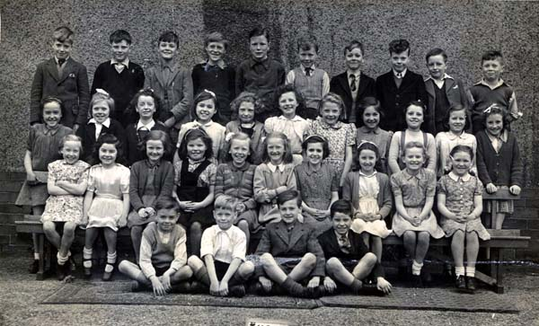 Leith Links Primary School Class Portrait 1946/47