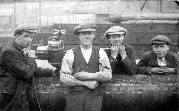 Workers At Cran & Somerville Shipbuilders 1924