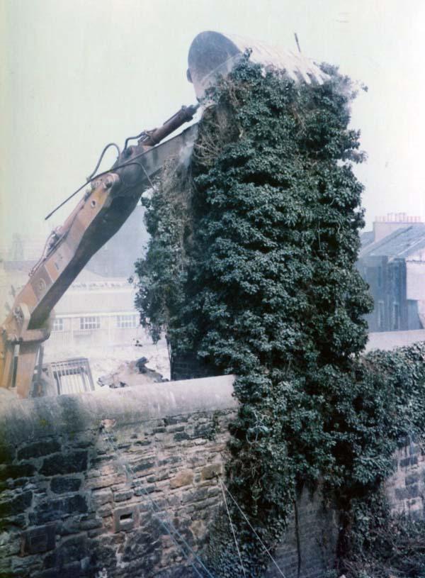 Demolition Of Couper Street School, August 1984