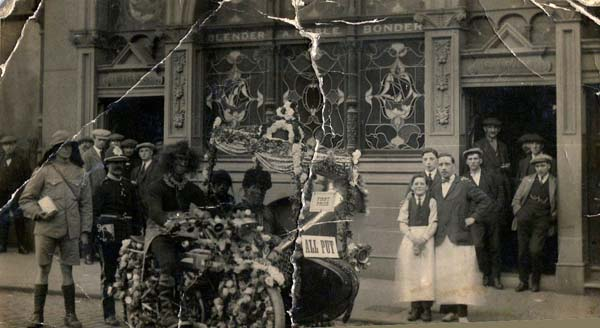 First Prize Winners Outside Nobles c.1920