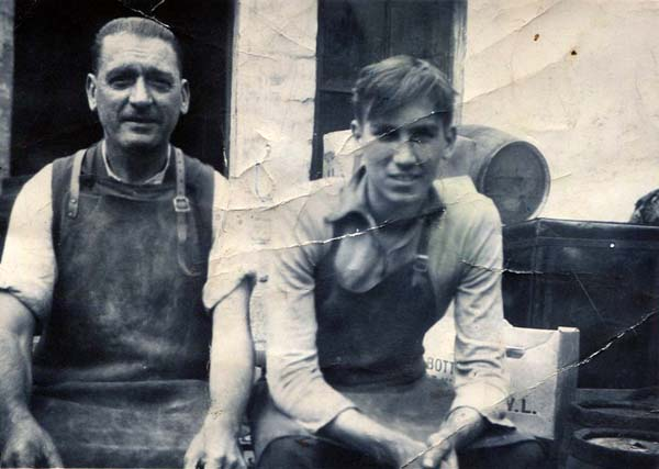 Coopers At DJ McCallum Bond And Cooperage On Links Place 1930s