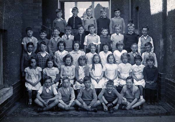 Links Primary School Class Portrait 1938